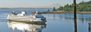 Ferry_landing_at_BainbridgeIS-700x251